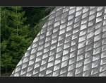 historische Gebaude/1058/ein-schwarzwaldhaus-anders-gesehen-hier-hat Ein Schwarzwaldhaus anders gesehen: Hier hat mich die Struktur des Daches fasziniert. Fotografiert in der Nähe von Triberg. (Matthias)