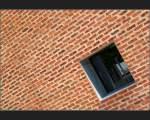 Stuttgart und der mittlere Neckarraum/13682/-backsteintappete---fassadendetail-einer-schulsporthalle . Backsteintappete - Fassadendetail einer Schulsporthalle in Ostfildern. (Matthias)