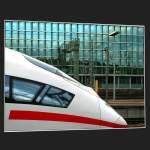 Stuttgart und der mittlere Neckarraum/189/modernes-bahndesign-trifft-auf-moderne-architektur Modernes Bahndesign trifft auf moderne Architektur. So gesehen im Stuttgarter Hauptbahnhof.